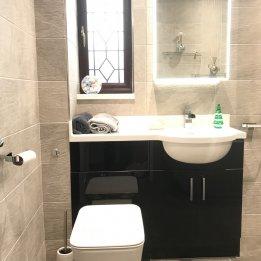 Sambell Bathroom 1