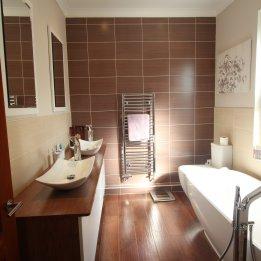 Roberts Bathroom