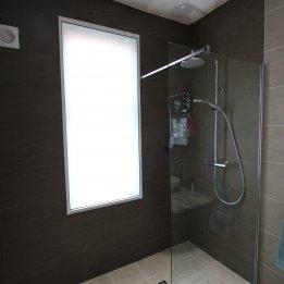 Wynne Bathroom