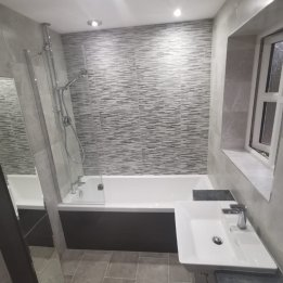 Higgins Bathroom 1